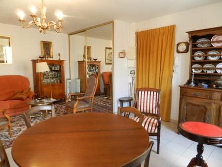 st amand appartement vendre centre ville ref 117785 bourges. Black Bedroom Furniture Sets. Home Design Ideas