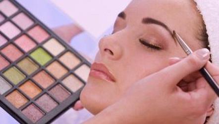 Offre st valentin soin du visage maquillage vente - Toute les vente privee du moment ...
