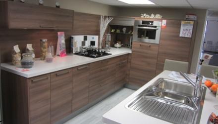 vente privee conforama maison design. Black Bedroom Furniture Sets. Home Design Ideas