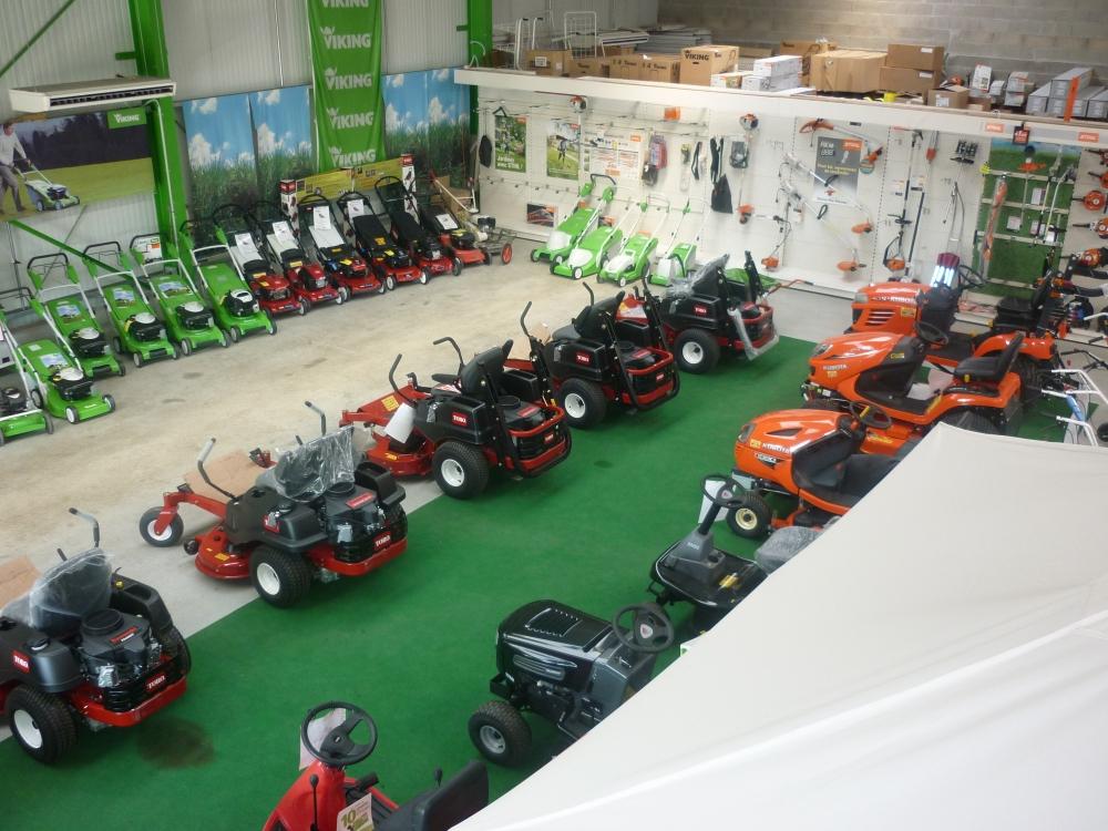 location de tracteur 36 cv   outils au choix